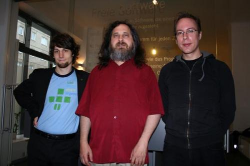 Richard Stallman with Matthias Kirschner and Markus Beckedahl in Berlin, February 2008